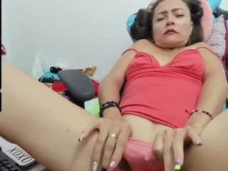 Sexy camster lili-hot-wet